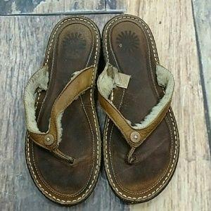 Ugh Flip Flop Sandals Size 9